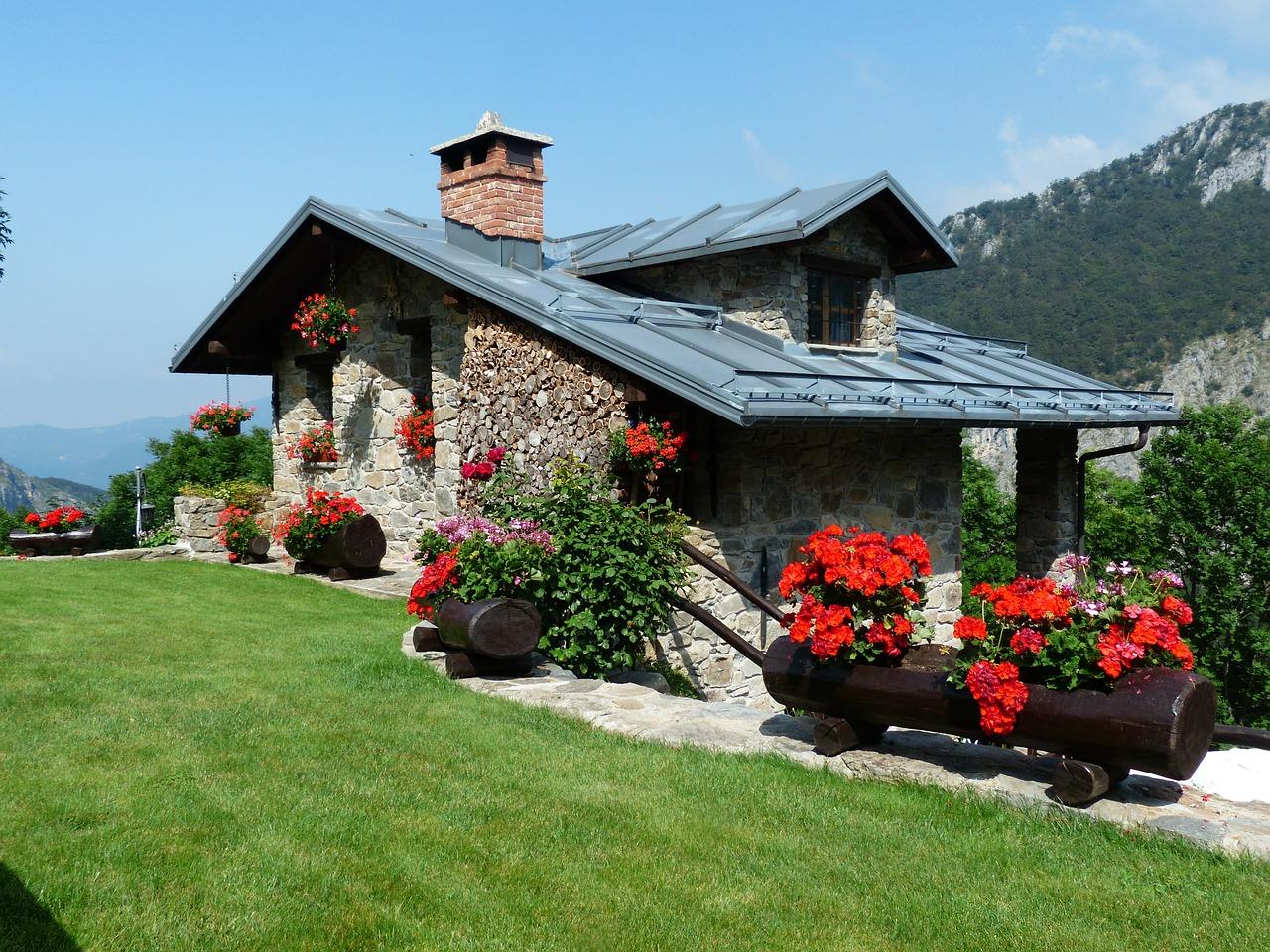 Płytki granitowe – wybór płytek do ogrodu i wnętrza domu
